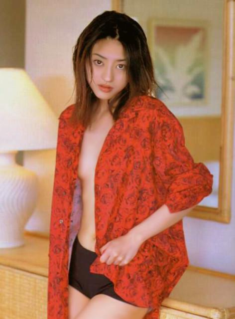 小沢真珠 ヌード画像076