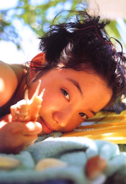 遠野奈津子 画像001