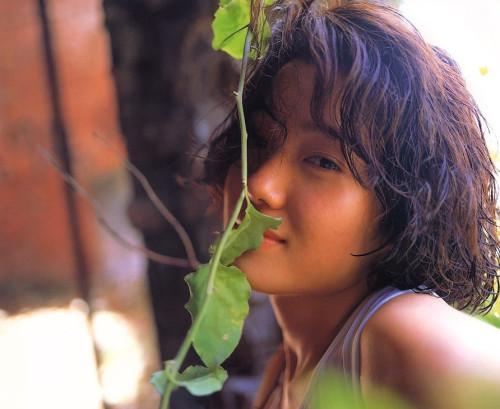 遠野奈津子 画像033