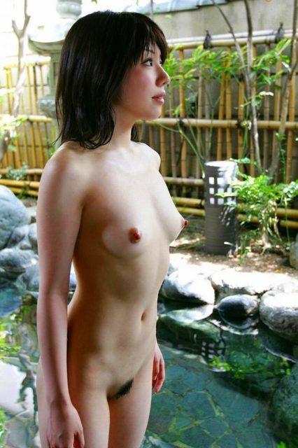お風呂ヌード 画像004
