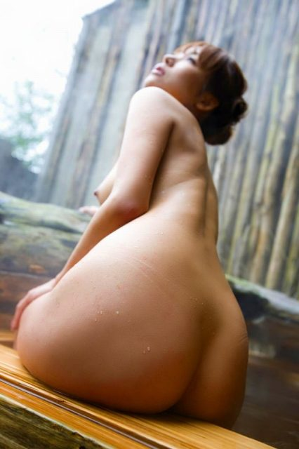 お風呂ヌード 画像005