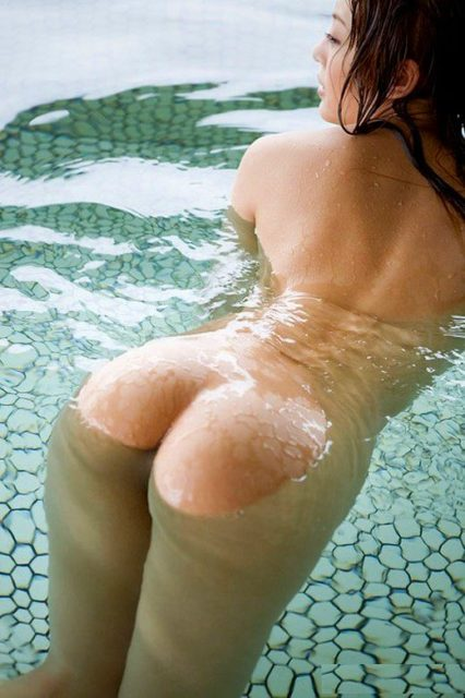 お風呂ヌード 画像026