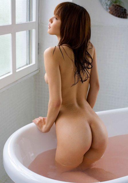 お風呂ヌード 画像035