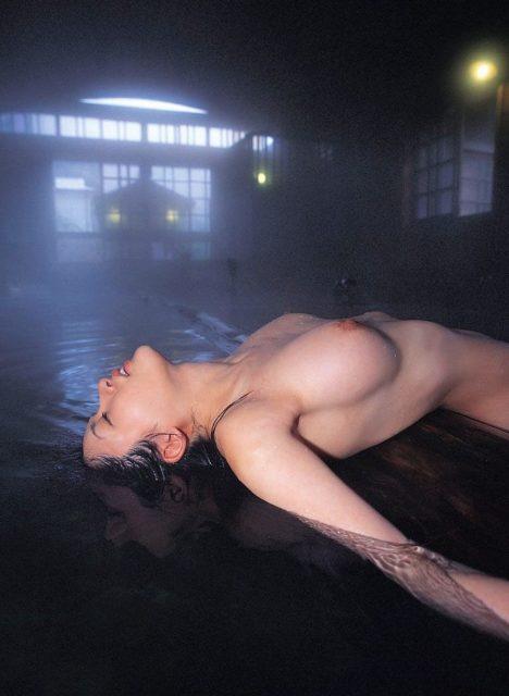 お風呂ヌード 画像075