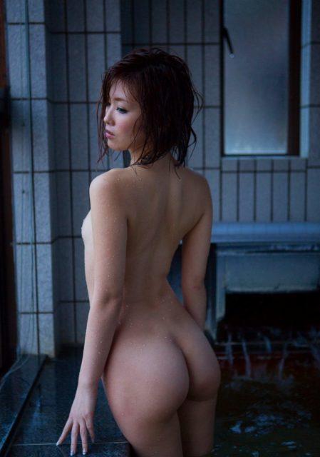 お風呂ヌード 画像082
