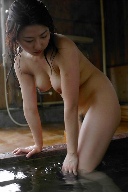 お風呂ヌード 画像088