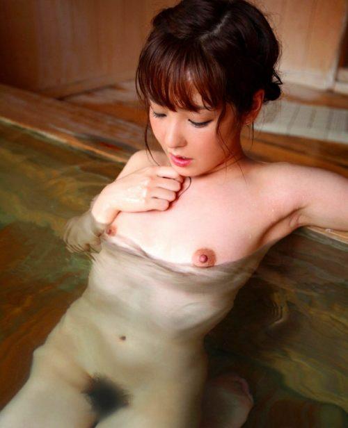 お風呂ヌード 画像094