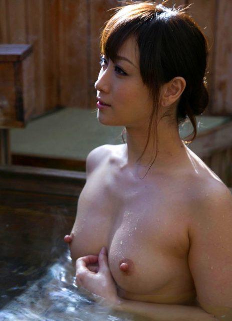 お風呂ヌード 画像098
