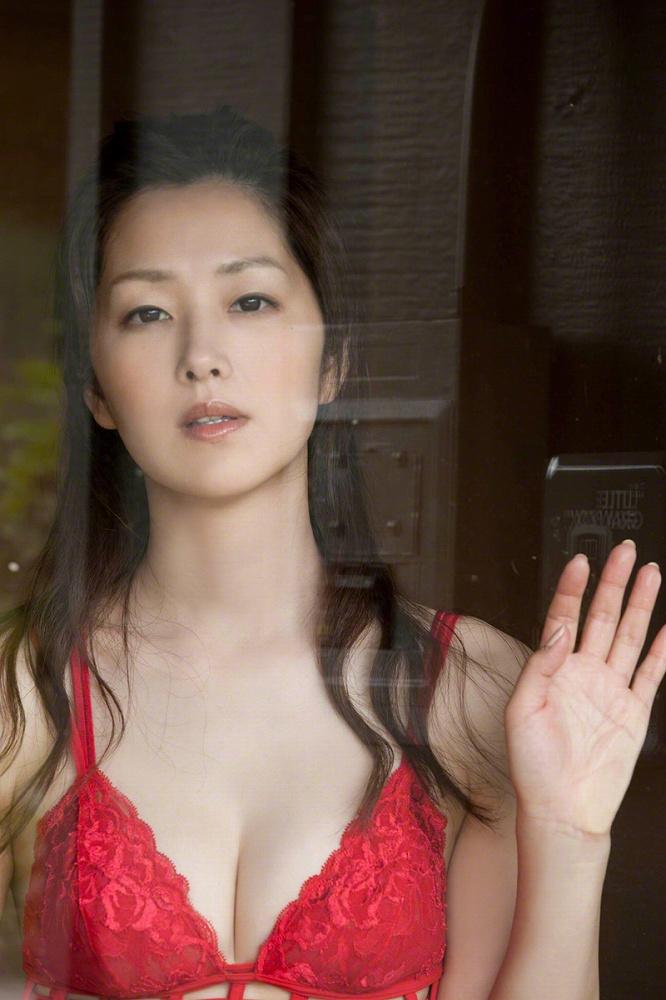 笛木優子 ヌード画像187枚!濡れ場ヌード&ランジェリー・水着のエロ画像!