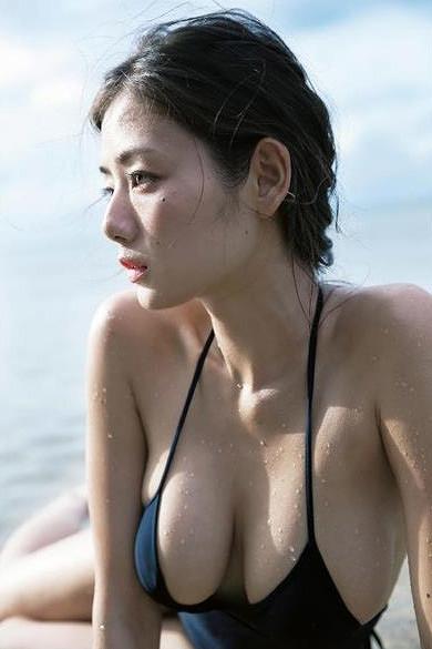 片山萌美 画像054