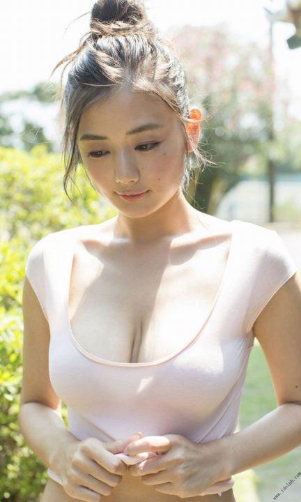 片山萌美 画像086