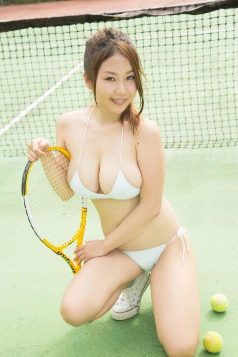 西田麻衣 水着画像055