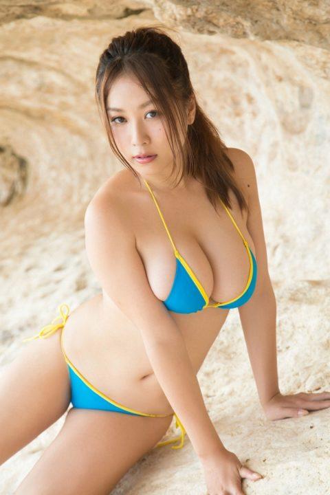 西田麻衣 水着画像063