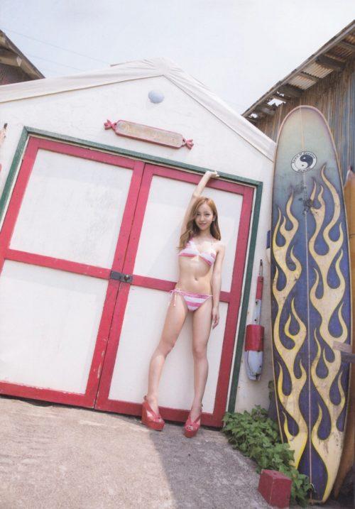 板野友美 画像033