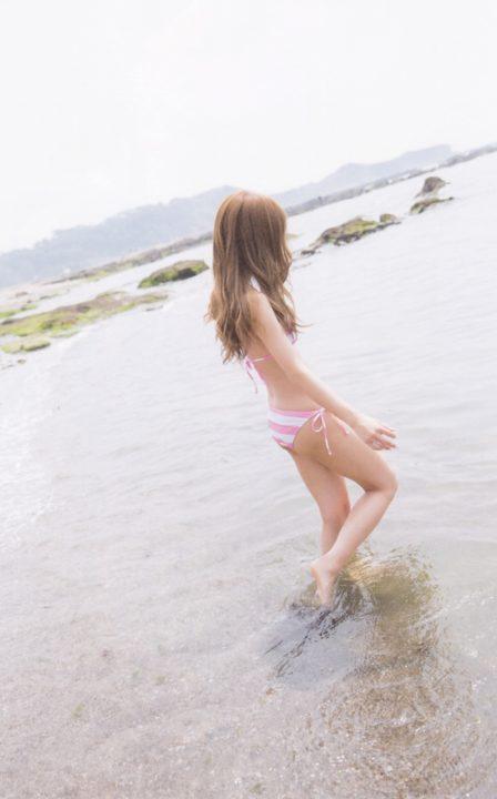 板野友美 画像040