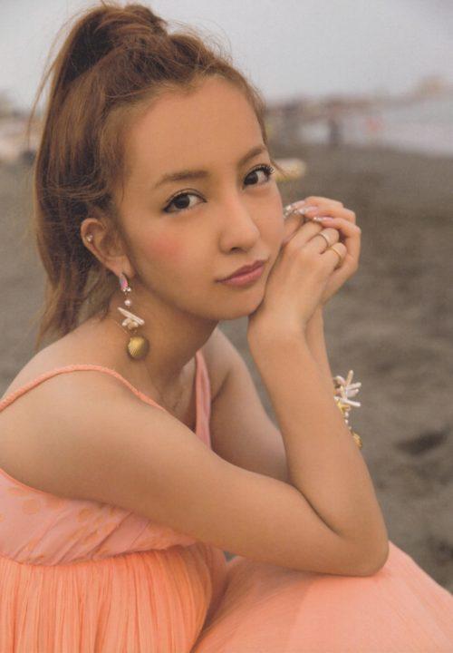 板野友美 画像099