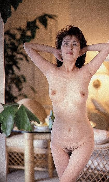 西川峰子画像089