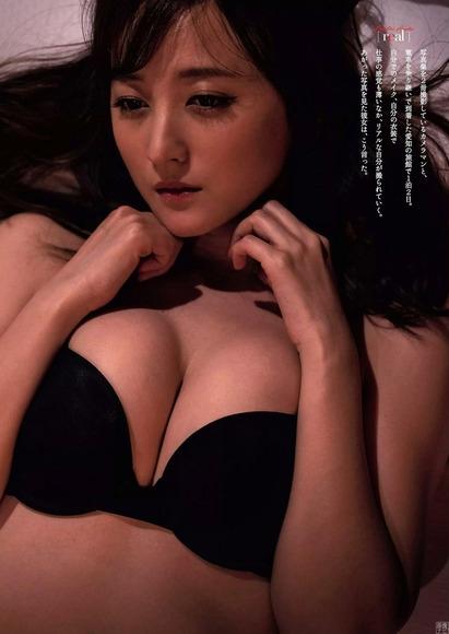 小松彩夏 画像003