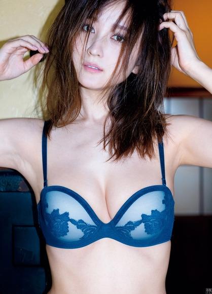 小松彩夏 画像007