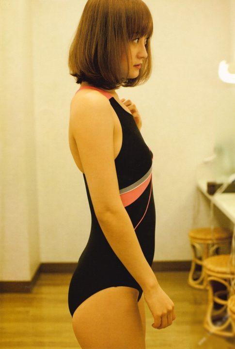 小松彩夏画像 007