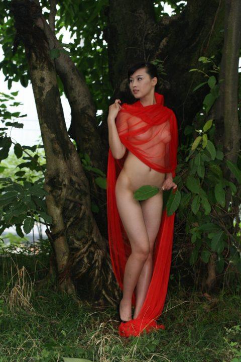 中国人野外ヌード画像 140