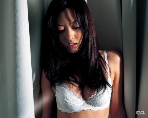 尾形沙耶香画像 036