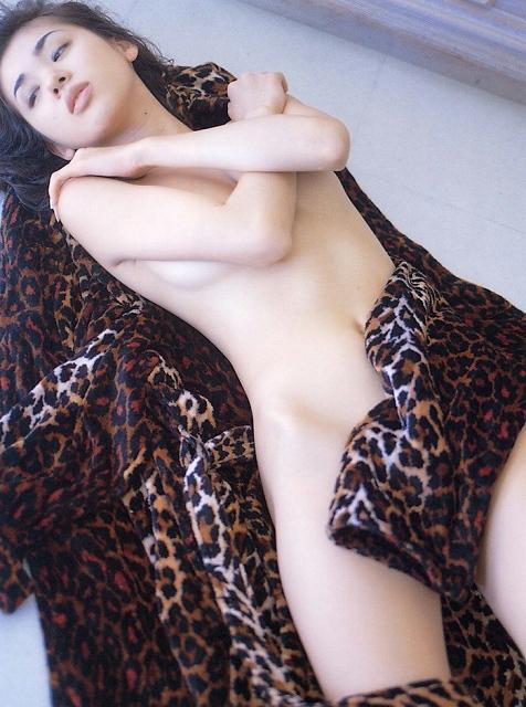 島田沙羅 画像044