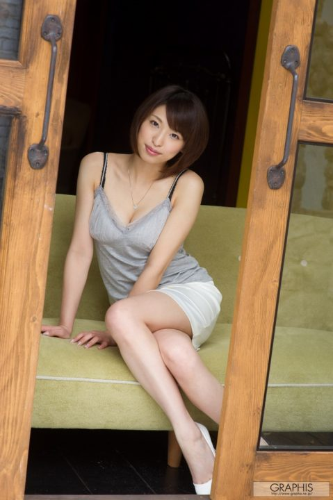 秋山祥子 画像021