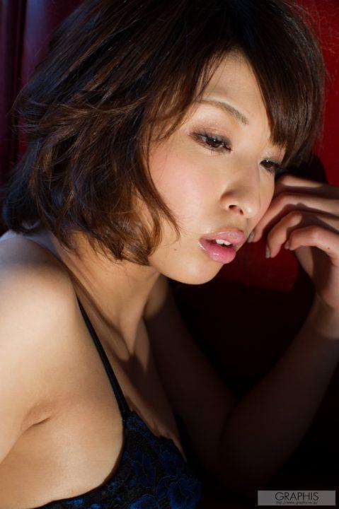 秋山祥子 画像053