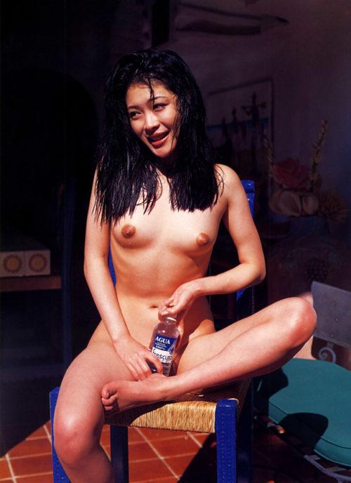 有沢比呂子 ヌード画像 035