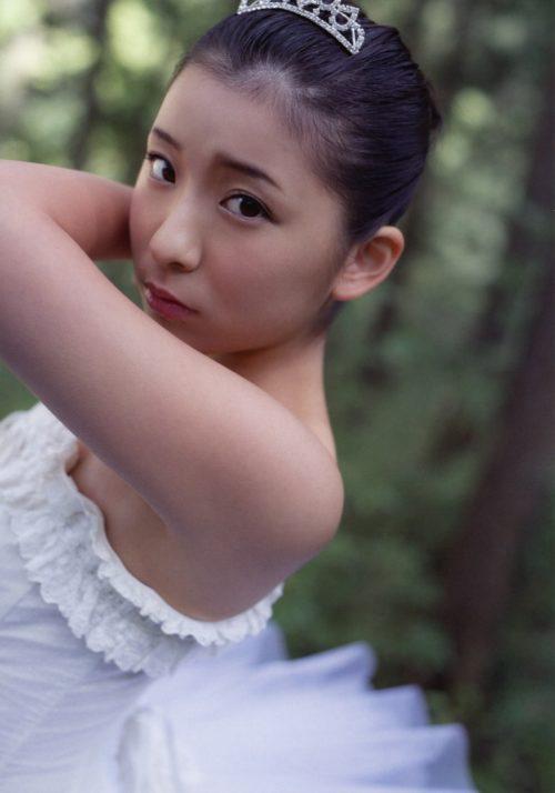 福田花音 水着画像 058