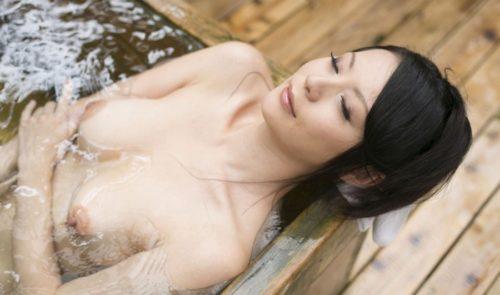 愛田奈々 画像027