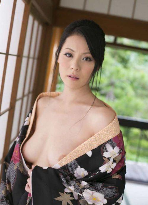 愛田奈々 画像085