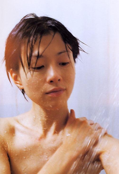 坂井真紀 ヌード画像055
