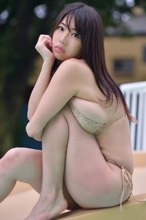 鈴木ふみ奈 画像004