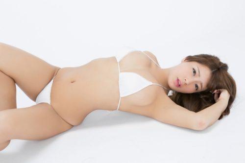 橋本梨菜 136