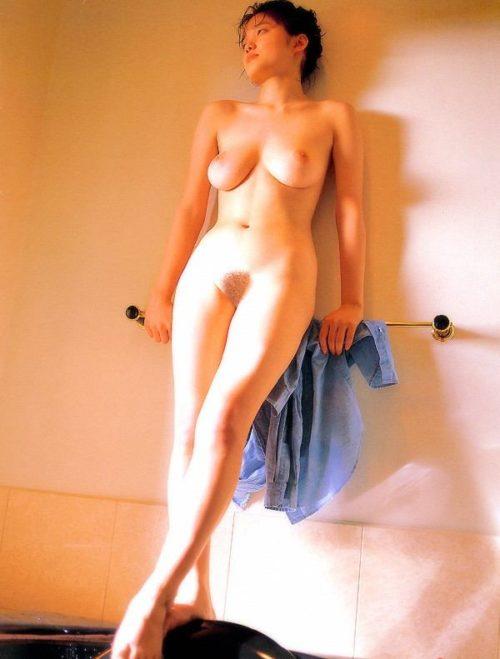 遠野奈津子 画像052