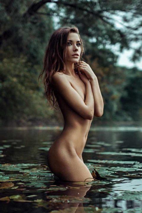 外国人野外ヌード 画像073