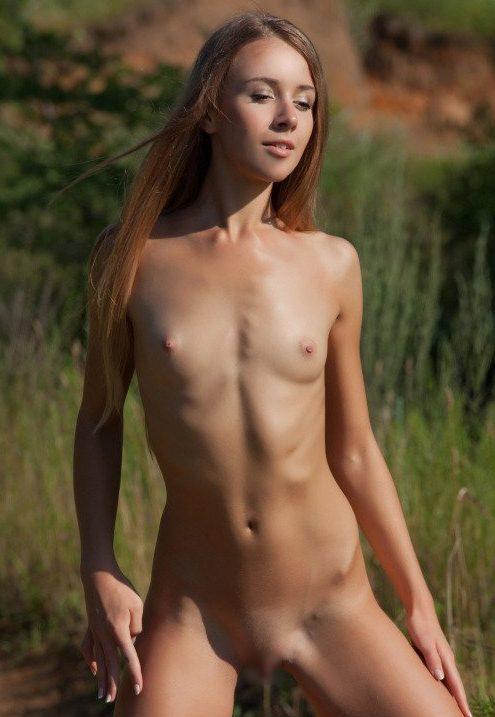 外国人野外ヌード 画像075