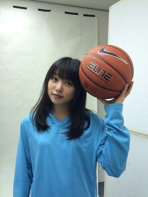 桜井日奈子 画像076