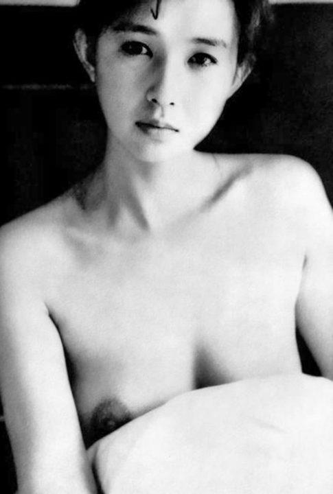 秋吉久美子 画像036