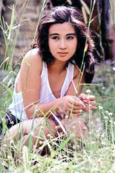 秋吉久美子 画像053