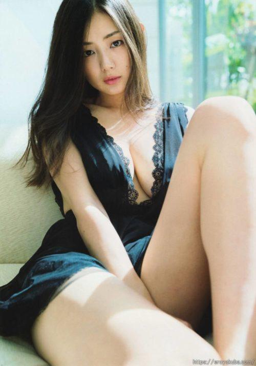 片山萌美 画像013