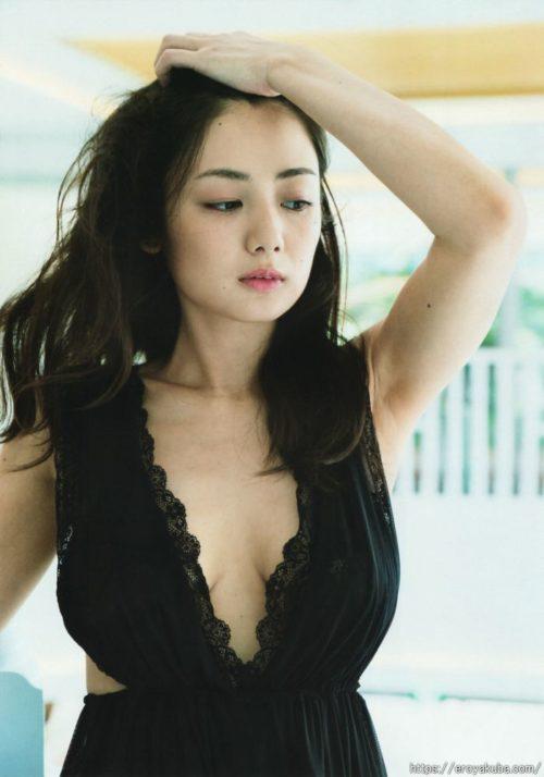 片山萌美 画像018