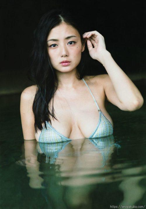 片山萌美 画像038