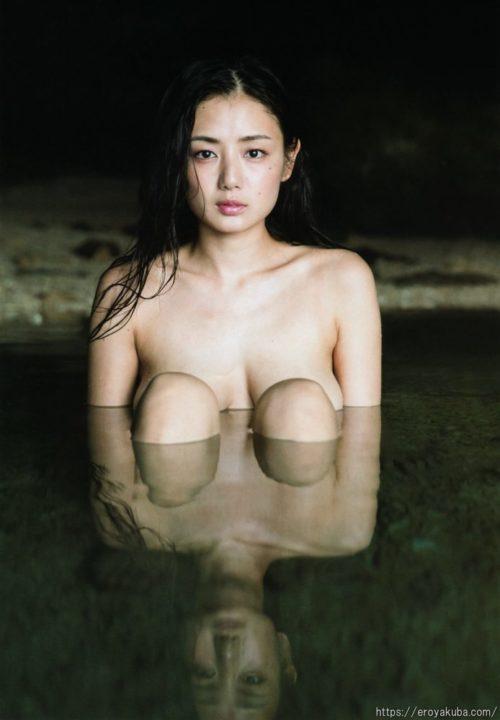 片山萌美 画像043