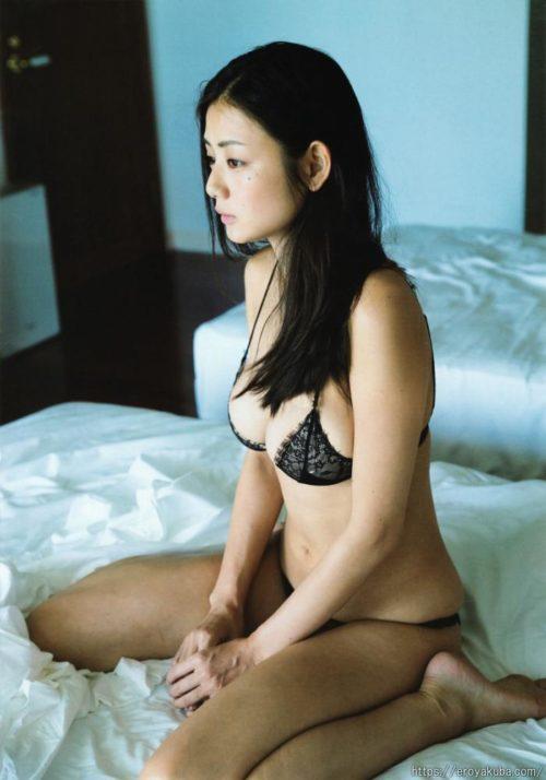 片山萌美 画像051