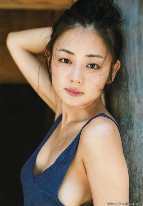 片山萌美 画像069