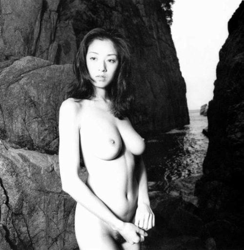 高岡早紀 画像017