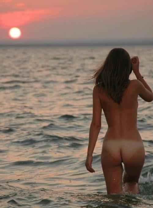 ヌーディストビーチ 画像027